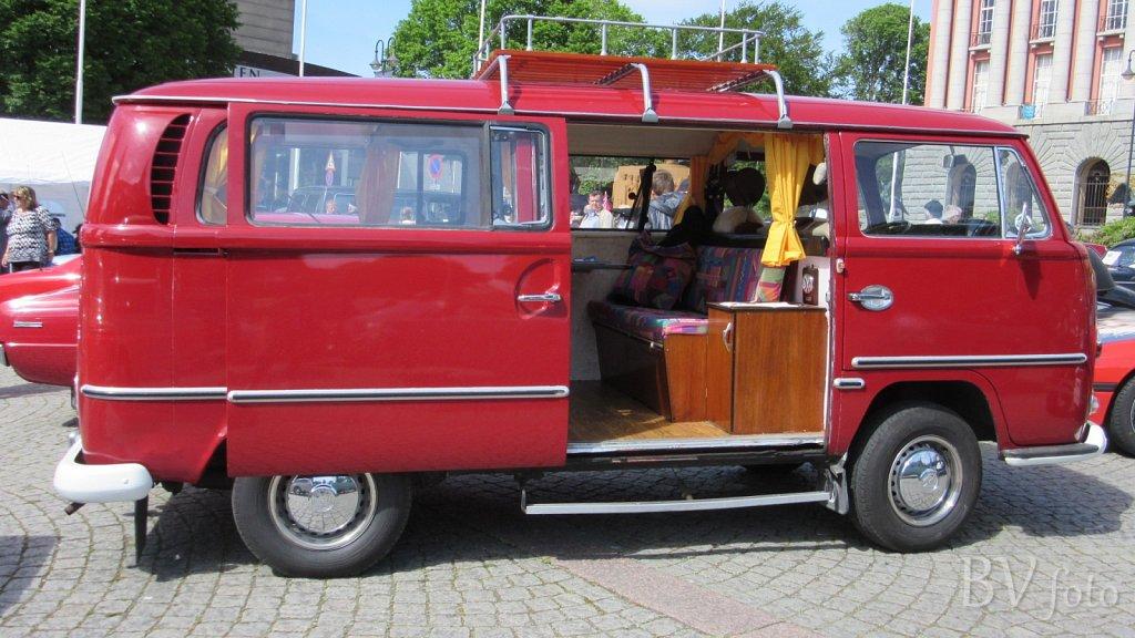 VW Kombi (low res.16:9)