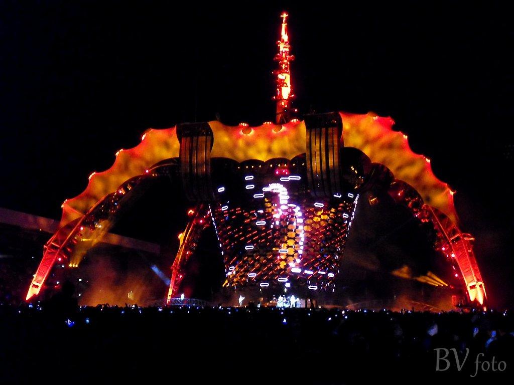U2: 360° Tour, 2010