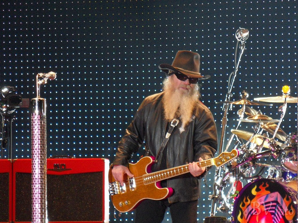 ZZ Top, Dusty Hill