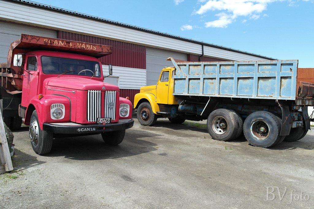 2x Scania Vabis 76