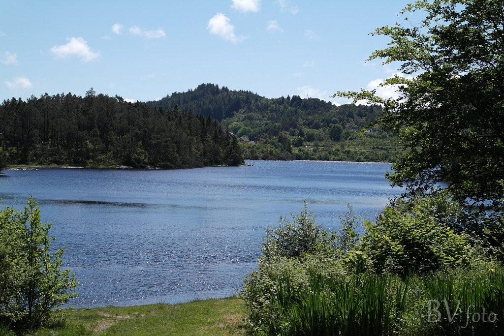 Eivindsvatnet, Djupadalen