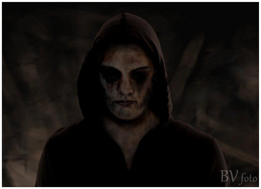 Dæmon Cover Artwork