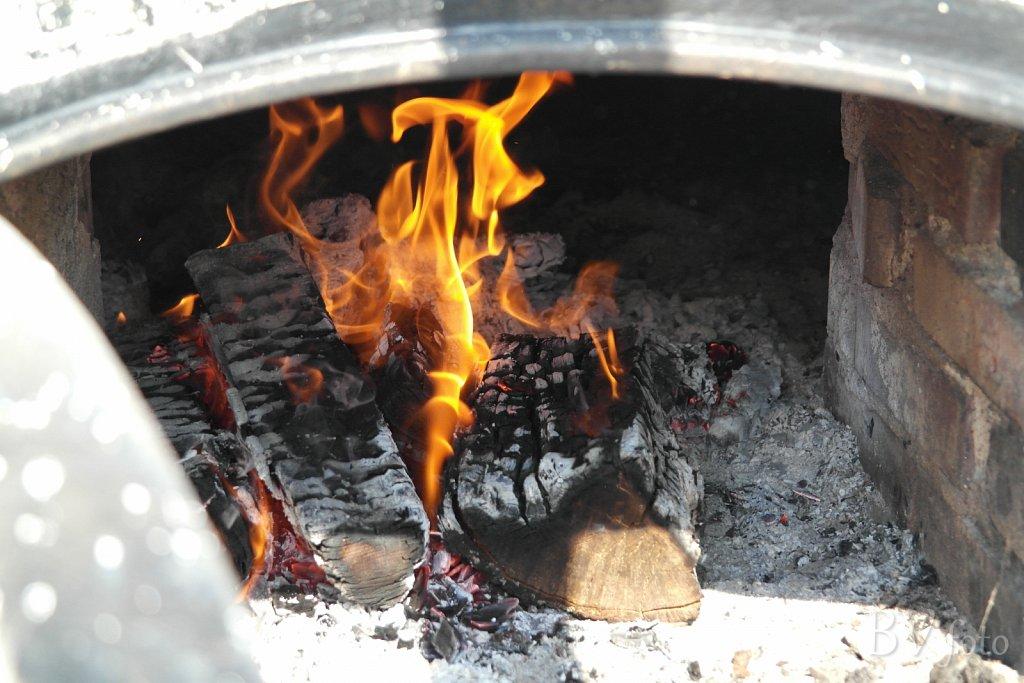 Kedlen holdes på ca. 70 grader.